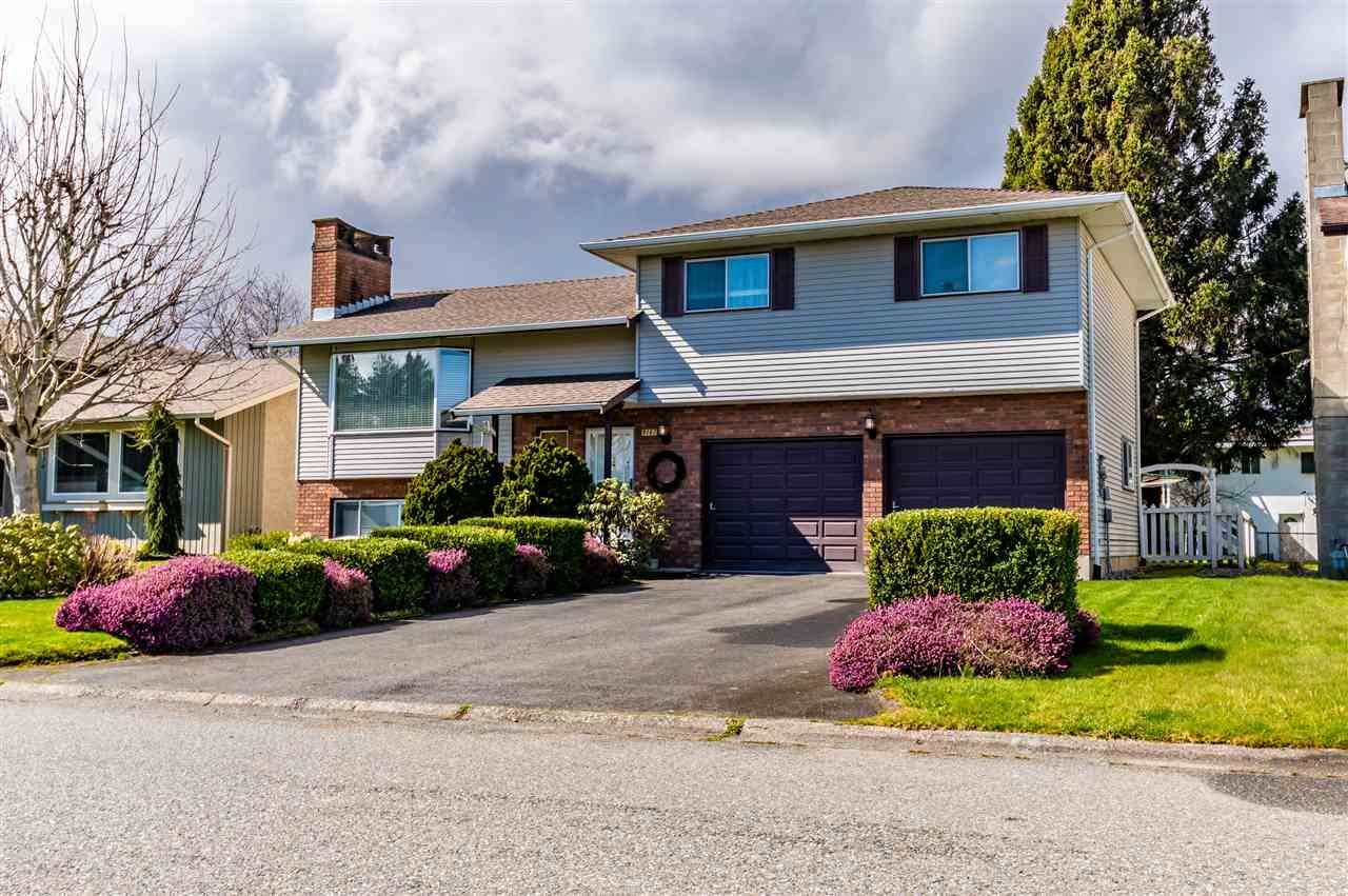 Main Photo: 9147 MAVIS Street in Chilliwack: Chilliwack W Young-Well House for sale : MLS®# R2446455