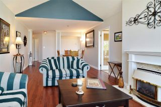 "Photo 4: 308 20600 53A Avenue in Langley: Langley City Condo for sale in ""River Glen Estates"" : MLS®# R2569314"