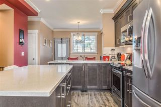 """Photo 7: 10 5957 152 Street in Surrey: Sullivan Station Townhouse for sale in """"PANORAMA STATION"""" : MLS®# R2423282"""