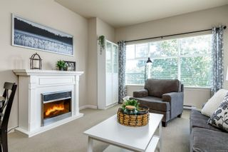 Photo 2: 202 1959 Polo Park Crt in Central Saanich: CS Saanichton Condo for sale : MLS®# 882519
