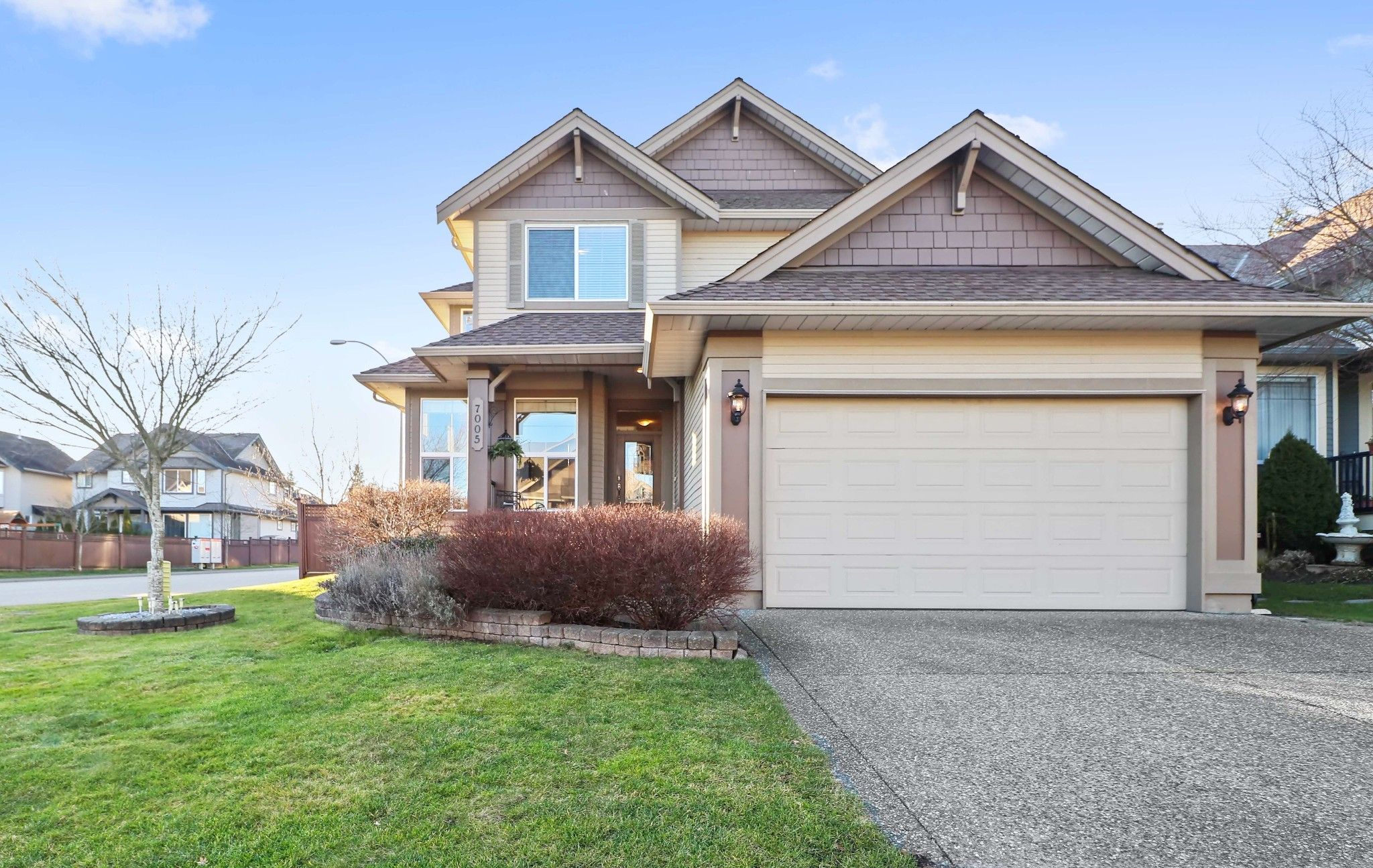 """Main Photo: 7005 196B Street in Langley: Willoughby Heights House for sale in """"WILLOWBROOK"""" : MLS®# R2334310"""