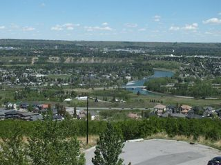 Photo 41: 32 coulee View SW in Calgary: Cougar Ridge Detached for sale : MLS®# A1117210