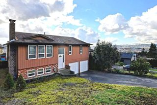 Photo 1: 1958 WILTSHIRE Avenue in Coquitlam: Cape Horn House for sale : MLS®# R2037803
