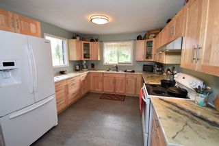 Photo 6: 1225 AVELING COALMINE Road in Smithers: Smithers - Rural House for sale (Smithers And Area (Zone 54))  : MLS®# R2607586
