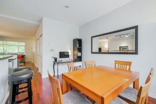 """Photo 12: 81 6878 SOUTHPOINT Drive in Burnaby: South Slope Townhouse for sale in """"CORTINA"""" (Burnaby South)  : MLS®# R2369497"""