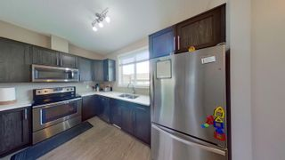 Photo 10: 2829 MAPLE Way in Edmonton: Zone 30 Attached Home for sale : MLS®# E4264154