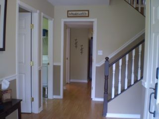 Photo 3: 8190 DOROTHEA CT in Mission: Mission BC House for sale : MLS®# F1410989