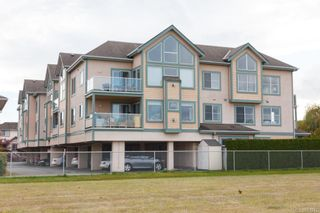 Photo 1: 207 2278 James White Blvd in Sidney: Si Sidney North-East Condo for sale : MLS®# 843942