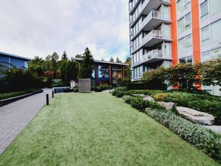 Photo 2: 710 3281 E Kent Avenue North in Vancouver: Condo for sale (Vancouver East)  : MLS®# R2619770