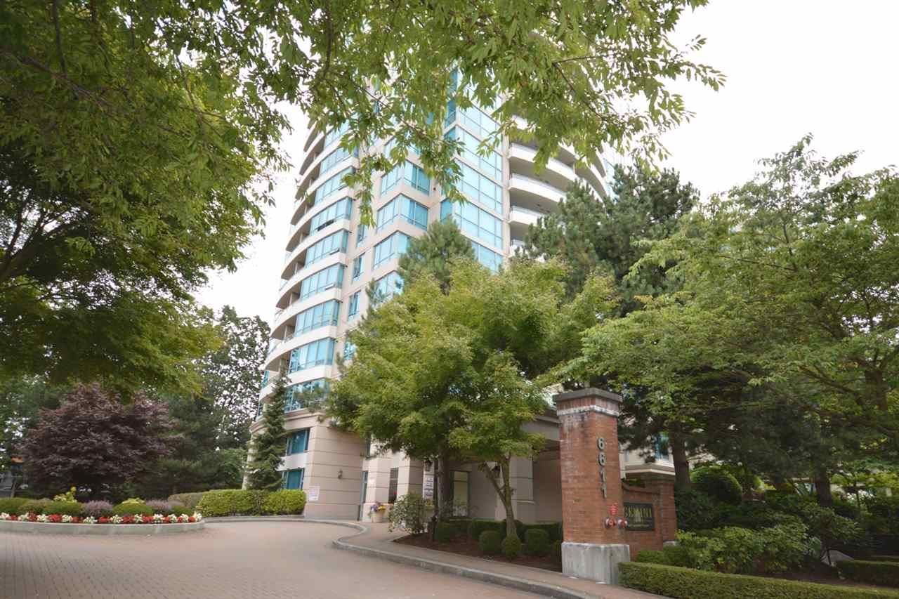"""Main Photo: 1704 6611 SOUTHOAKS Crescent in Burnaby: Highgate Condo for sale in """"GEMINI 1"""" (Burnaby South)  : MLS®# R2201383"""