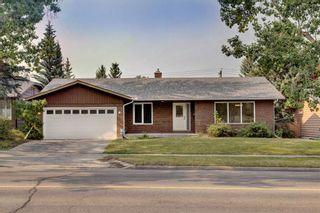 Photo 1: 2620 Palliser Drive SW in Calgary: Oakridge Detached for sale : MLS®# A1134327