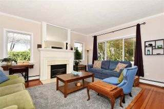 Photo 4: 2602 DUNDAS Street in Vancouver: Hastings Sunrise House for sale (Vancouver East)  : MLS®# R2538537