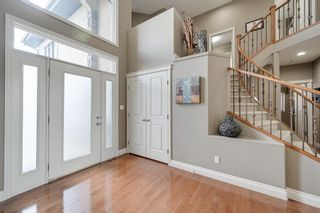 Photo 3: 1228 HOLLANDS Close in Edmonton: Zone 14 House for sale : MLS®# E4251775