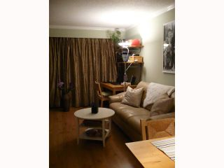 """Photo 3: 209 515 11TH Street in New Westminster: Uptown NW Condo for sale in """"MAGNOLIA MANOR"""" : MLS®# V814496"""