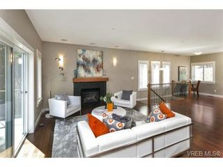 Photo 8: 3 2319 Chilco Rd in VICTORIA: VR Six Mile Row/Townhouse for sale (View Royal)  : MLS®# 728058