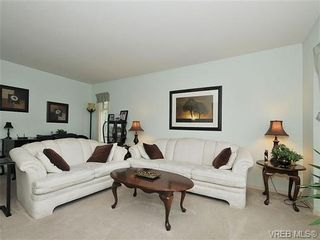 Photo 2: 6577 Rodolph Rd in VICTORIA: CS Tanner House for sale (Central Saanich)  : MLS®# 656437