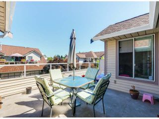 """Photo 14: 205 13725 72A Avenue in Surrey: East Newton Townhouse for sale in """"PARK PLACE ESTATES"""" : MLS®# F1418923"""