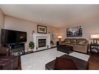 Photo 4: 31098 HERON Avenue in Abbotsford: Abbotsford West House for sale : MLS®# R2032338