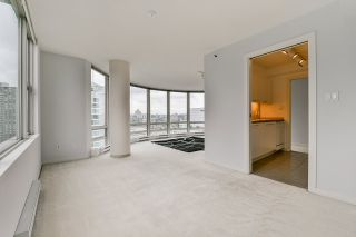"""Photo 22: 2002 1500 HORNBY Street in Vancouver: Yaletown Condo for sale in """"888 BEACH"""" (Vancouver West)  : MLS®# R2461920"""