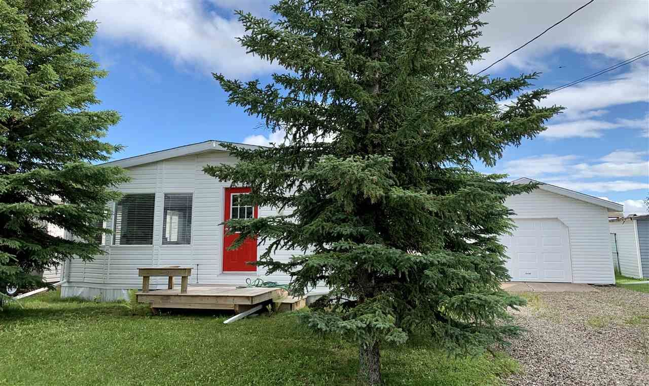 """Photo 24: Photos: 3935 COTTONWOOD Road in Fort Nelson: Fort Nelson -Town Manufactured Home for sale in """"EAST DUB"""" (Fort Nelson (Zone 64))  : MLS®# R2479630"""