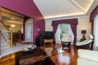 "Photo 3: 16901 FRIESIAN Drive in Surrey: Cloverdale BC House for sale in ""RICHARDSON RIDGE"" (Cloverdale)  : MLS®# R2025574"