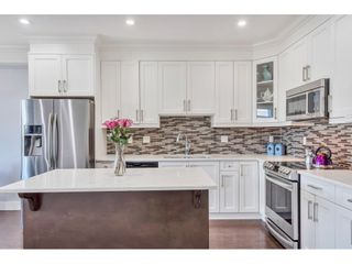 Photo 4: 21081 80 Avenue in Langley: Willoughby Heights Condo for sale : MLS®# R2490786