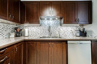 Photo 16: 1021 95 Trailwood Drive in Mississauga: Hurontario Condo for sale : MLS®# W4878419