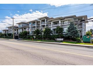 """Photo 1: 301 46262 FIRST Avenue in Chilliwack: Chilliwack E Young-Yale Condo for sale in """"Summit"""" : MLS®# R2612802"""