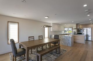 Photo 19: 15114 BUENA VISTA AVENUE: White Rock House for sale (South Surrey White Rock)  : MLS®# R2527396