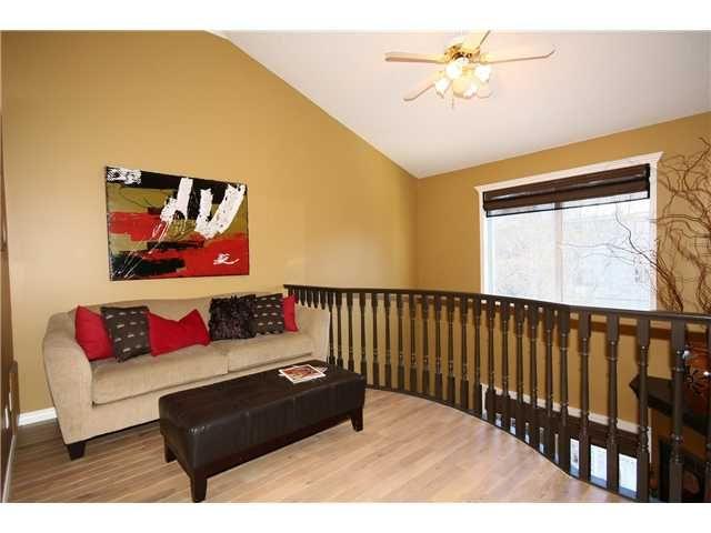 Photo 13: Photos: 1425 1 Street NE in CALGARY: Crescent Heights Townhouse for sale (Calgary)  : MLS®# C3550740