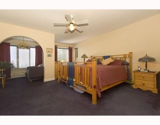 """Photo 9: 387 VERNON Place in Gibsons: Gibsons & Area House for sale in """"ISLANDVIEW ESTATES"""" (Sunshine Coast)  : MLS®# V787669"""