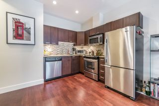 """Photo 6: 109 3382 VIEWMOUNT Drive in Port Moody: Port Moody Centre Townhouse for sale in """"LILLIUM VILLAS"""" : MLS®# R2155402"""