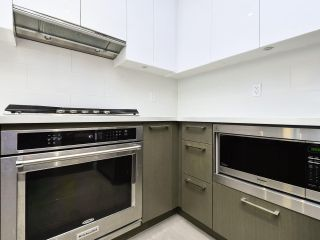 """Photo 9: 2103 3080 LINCOLN Avenue in Coquitlam: North Coquitlam Condo for sale in """"1123 Westwood"""" : MLS®# R2533543"""