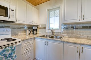 Photo 32: 109 Beckville Beach Drive in Amaranth: House for sale : MLS®# 202123357