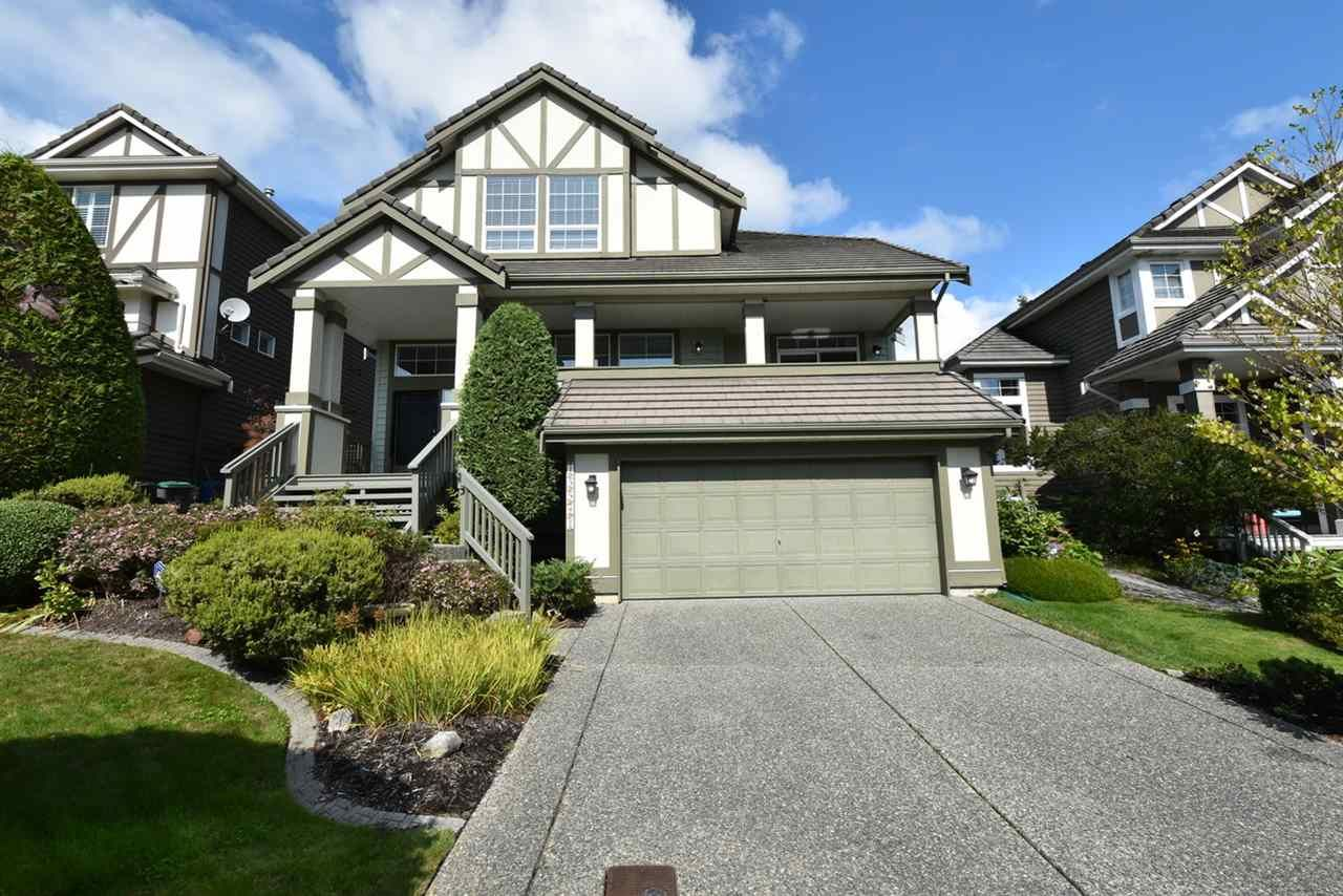 "Main Photo: 15541 ROSEMARY HEIGHTS Crescent in Surrey: Morgan Creek House for sale in ""Rosemary Heights"" (South Surrey White Rock)  : MLS®# R2395506"