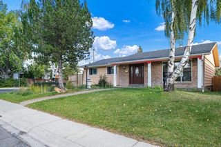 Main Photo: 5470 Silverdale Drive NW in Calgary: Silver Springs Detached for sale : MLS®# A1147438