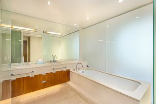 """Photo 13: 3102 1077 W CORDOVA Street in Vancouver: Coal Harbour Condo for sale in """"Shaw Tower"""" (Vancouver West)  : MLS®# R2624531"""