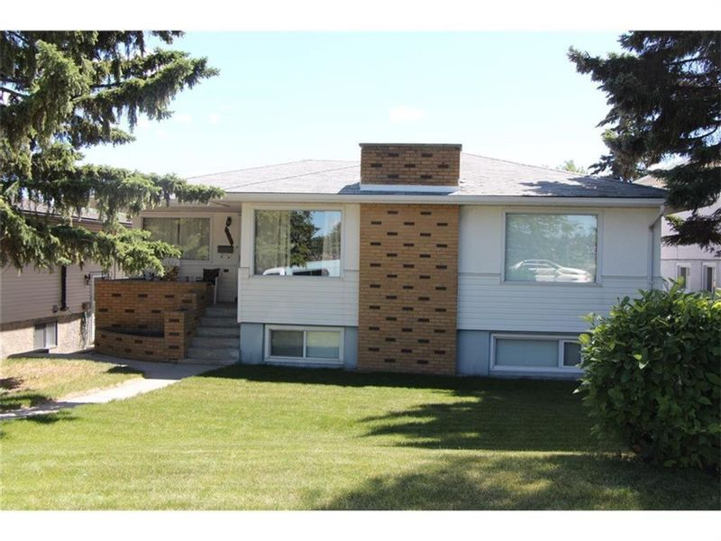FEATURED LISTING: 907 32 Avenue Northwest Calgary