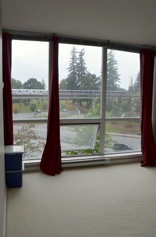 """Photo 7: 401 13618 100 Avenue in Surrey: Whalley Condo for sale in """"INFINITY TOWERS"""" (North Surrey)  : MLS®# R2501888"""