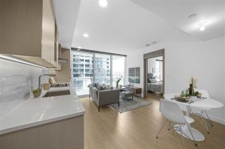 "Photo 2: 413 89 NELSON Street in Vancouver: Yaletown Condo for sale in ""THE ARC"" (Vancouver West)  : MLS®# R2561204"