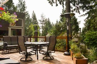 Photo 1: 4717 MOUNTAIN Highway in North Vancouver: Lynn Valley House for sale : MLS®# R2406230