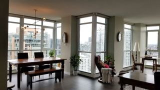 "Photo 16: 2305 289 DRAKE Street in Vancouver: Yaletown Condo for sale in ""Parkview Tower"" (Vancouver West)  : MLS®# R2474157"