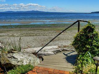 Photo 22: 5043 Cordova Bay Rd in VICTORIA: SE Cordova Bay House for sale (Saanich East)  : MLS®# 818337
