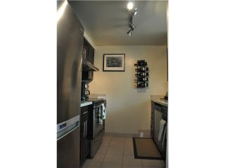 """Photo 3: 2105 1238 MELVILLE Street in Vancouver: Coal Harbour Condo for sale in """"Point Claire"""" (Vancouver West)  : MLS®# V1132813"""