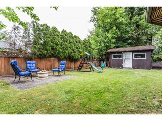 """Photo 2: 3633 BURNSIDE Drive in Abbotsford: Abbotsford East House for sale in """"SANDY HILL"""" : MLS®# R2274309"""