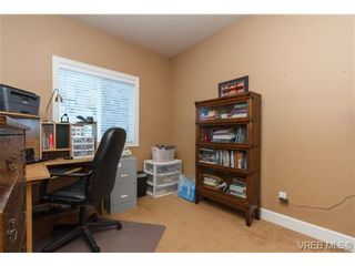 Photo 13: 3610 Pondside Terr in VICTORIA: Co Latoria House for sale (Colwood)  : MLS®# 720994