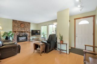 Photo 7: 17942 SHANNON Place in Surrey: Cloverdale BC House for sale (Cloverdale)  : MLS®# R2350989