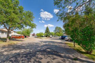 Photo 4: 7357 180 Street in Edmonton: Zone 20 Townhouse for sale : MLS®# E4247825