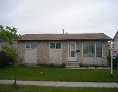Main Photo: Maples/Tyndall Park: Residential for sale (Canada)  : MLS®# 2708596
