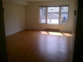 Photo 3: 311 1040 E BROADWAY in Vancouver: Mount Pleasant VE Condo for sale (Vancouver East)  : MLS®# R2384534